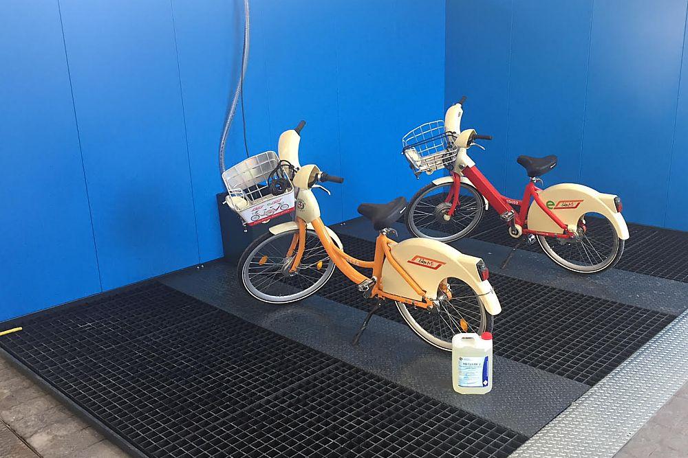 pedana lavaggio biciclette